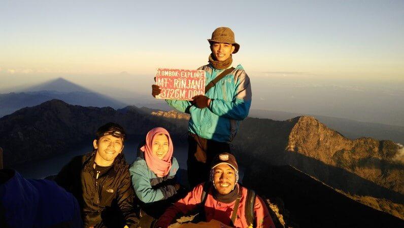 Puncak Gunung Rinjani, Lombok, Nusa Tenggara Barat (©Dokumentasi Pribadi Fika Indriani/Palawa Unpad)